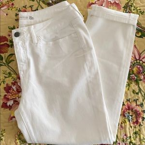 Yummie by Heather Cropped Midrise Jeans Sz-33 NWOT